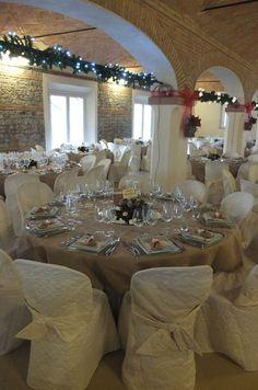 Salone Matrimoni di Corte Dei Paduli, Reggio Emilia, Italy. Allestimento per matrimonio nel periodo natalizio.
