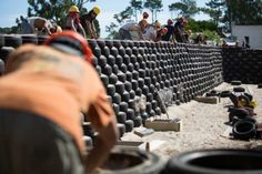 Image 7 of 19 from gallery of Latin America's First Earthship is a Sustainable School Built from Found Materials. via Earthship Biotecture / Tagma Earthship Biotecture, Earthship Home, Sustainable Schools, Sustainable Architecture, Outdoor Gardens, Indoor Outdoor, Solar, Off Grid House, Earth Homes