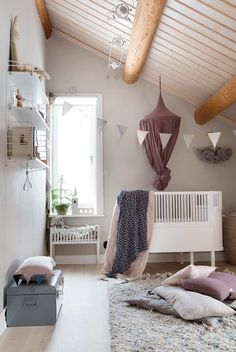 The Nordroom - Scandinavian Christmas Home in an Old Farmhouse Nursery Room Decor, Childrens Room Decor, Living Room Decor, Scandinavian Christmas, Scandinavian Home, Hygge, Home And Deco, White Decor, Home Interior