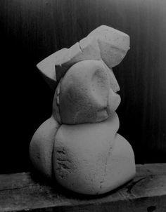 Resting Mother, Sculptor Ercan Yaren, Türkiye