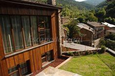 Fotos de La Rectoria - Casa rural en Castellbò (Lleida) http://www.escapadarural.com/casa-rural/lleida/la-rectoria/fotos#p=548190e308925