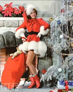 Famous Actress Mary Martin Wishing Me a Merry Christmas (well, i wasn't around, but I'm sure she was thinking of me!)....  LIFE magazine, 1940