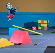 Red Bull cria quarto de criança para Danny MacAskill realizar manobras