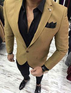 Wedding suits men - the ultimate guide on suit styling ideas for men 14 Mens Fashion Blazer, Suit Fashion, Fashion Photo, Fashion Brand, Luxury Fashion, Men Blazer, Tan Blazer Outfits, Casual Outfits, Stylish Men
