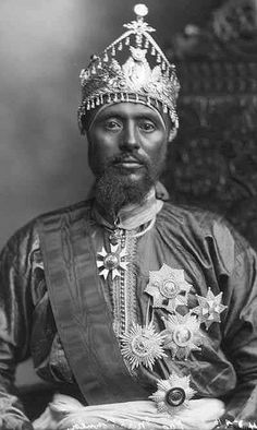 King Edward=Haile Selassie I = H.M = Rastafari - His Imperial Highness Ras Makonnen Walda - Mikael Tafari - General and Governor of Harar (Emperor Haile Selassie I Father) Haile Selassie, History Of Ethiopia, Kings & Queens, Black King And Queen, Black Royalty, African Royalty, Royals, Lion Of Judah, Black History Facts
