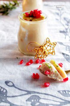 pannacotta turrón de yemas #food #photography #chritsmas Panna Cotta, Ethnic Recipes, Food, Sweet Treats, Deserts, Recipes, Ethnic Food, Xmas, Dulce De Leche