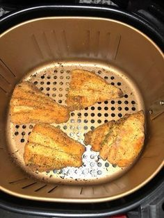 Five Approaches To Economize Transforming Your Kitchen Area Air Fryer Fish Copy Me That Air Fry Fish Recipe, Air Fryer Tilapia Recipe, Air Fryer Oven Recipes, Air Frier Recipes, Oven Fryer, Cod Fish Recipes, Fried Fish Recipes, Perch Recipes, Air Fried Fish