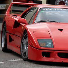 #ferrari #f40 #ferrarif40 #v8 #v8turbo #cavallino #supercar #rosso by omowree