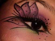 Halloween Eye Makeup Ideas | MABETH & MAKEUP: FOTD: Tiger Lily Eyes for Halloween