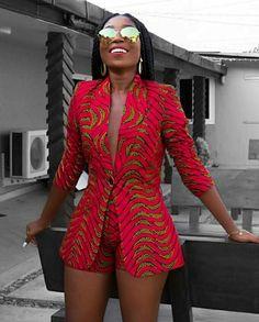 Afrikaanse print blazer jas met korte broek-Ankara print-Afrikaanse jurk-tweedelige outfit-hand gemaakt-Afrika kleding-Afrikaanse mode - Women's style: Patterns of sustainability African American Fashion, African Inspired Fashion, African Print Fashion, Africa Fashion, Look Fashion, Asian Fashion, Fashion Outfits, Fashion Ideas, Fashion 2018