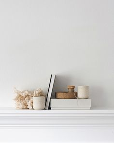 Find your inspiration with Scandinavian Interiors and a carefully curated selection of Lifestyle Design, discover more now! Minimal Decor, Minimalist Home Decor, Interior Styling, Interior Decorating, Interior Design, Interior Architecture, Interior And Exterior, Minimalist Photography, Scandinavian Interior
