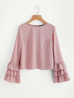 Sheinside Pink Buttoned Keyhole Back Layered Flare Sleeve Blouse 2017 Round Neck Long Sleeve Plain Top Fall Casual Blouse Muslim Fashion, Modest Fashion, Hijab Fashion, Fashion Dresses, Girls Fashion Clothes, Girl Fashion, Clothes For Women, Fashion Design, Blouse Styles