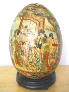 VINTAGE LARGE EGG JAYMEE COLLECTION PARIS HAND PAINTED , ENAMELED & BEADED