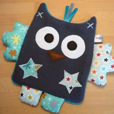 Gray owl – blue flat comforter Source by ameliefal Sewing For Kids, Baby Sewing, Dou Dou, Baby Security Blanket, Baby Couture, Creation Couture, Sewing Dolls, Diy Arts And Crafts, Baby Crafts