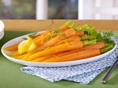 Glasierte Möhren sind tolle Begleiter zu Fisch, Fleisch oder vegetarischen Gerichten! Dabei führen zwei Wege zum Ziel. Wir zeigen Schritt für Schritt wie's geht!