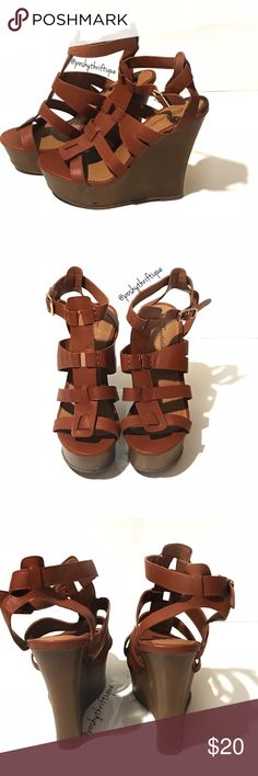"""Womens Sandal Open Toe Ankle Strap Brown Wedge NEW WITHOUT BOX - NEVER WORN - there is a small rip as SHOWN IN IMAGE ABOVE  from removing a sticker .  SIZE: 8.5 STYLE: Carina 22 / casual / ankle strap / strap / Wedge / sandal / brown / summer /  BRAND: breckelles  MATERIAL:  all man made materials  COLOR: Brown  MEASUREMENTS:  Heel Height Approx 6 """" Length : From Heel To Toe - 11 inches  CONDITION : Great Pre Loved Condition  COUNTRY OF MANUFACTURER : china  SMOKE FREE & PET FREE ENVIRONMENT…"""