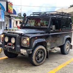 TAG A FRIEND Defender 90 Photo by @sanandrade8  #defender #landroverdefender #defender90 #defender110 #defender130 #landroverseries by landroverdefender TAG A FRIEND Defender 90 Photo by @sanandrade8  #defender #landroverdefender #defender90 #defender110 #defender130 #landroverseries