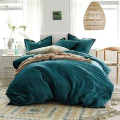 Shop Cstudio Home Easton Velvet Duvet Cover Sets at The Company Store. Luxe crinkled velvet gives this duvet cover and sham set an incredibly plush texture. The Company Store King Duvet Cover Sets, Full Duvet Cover, Duvet Sets, Boho Duvet Cover, Green Duvet Covers, Bed Duvet Covers, Vert Olive, Olive Green, Green Sage