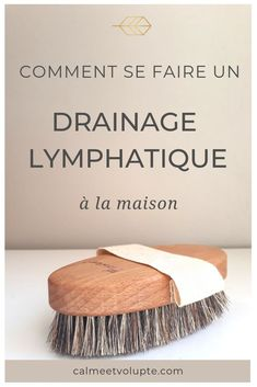 Drainer et tonifier avec le brossage à sec A brush and 5 minutes is all you need to do a lymphatic drainage at home. Your body will be toned, refined and you will feel full of energy. Natural Beauty Tips, Natural Cures, Diy Beauty, Serum, Corpus, Beauty Games, Tomato Nutrition, Stomach Ulcers, Anti Cellulite