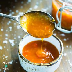 This spicy Syn Free Sweet Chilli Sauce is something of a Slimming World legend! Sweet, spicy it& so easy to make and Syn free on the Slimming World diet Slimming World Chilli, Slimming World Free, Slimming World Recipes Syn Free, Slimming Worls, Slimming Eats, Sweet Chilli Sauce, Sweet Chili, Sweet Sauce, Clean Eating Recipes