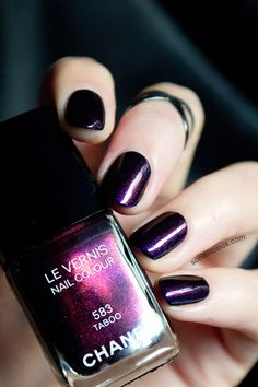 Top 50 Mysterious Dark Purple Nails 2018 Dark purple calls out to the dark skies and things that go bump in the night. Whether you're a Goth lover, a Halloween sucker, or just love purple . Chanel Nail Polish, Chanel Nails, Fancy Nails, Pretty Nails, Dark Purple Nails, 3d Design, Nails 2018, Fabulous Nails, Perfect Nails