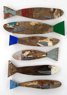 """Recycled wood fish from """"Fish and Ships Coastal Art"""". Would look great in a lake house. Driftwood Projects, Driftwood Art, Driftwood Ideas, World Painter, Driftwood Candle Holders, Coastal Art, Beach Crafts, Fish Crafts, Fish Art"""