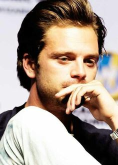 Sebastian Stan at Wizard World Comic Con 2014