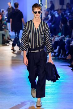4ac5c2ddde05 Cerruti 1881 Spring 2019 Menswear collection, runway looks, beauty, models,  and reviews