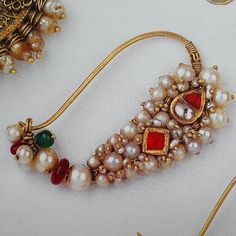 Maharashtrian nath Indian Wedding Jewelry, Indian Jewelry, Bridal Jewelry, Gold Ring Designs, Gold Jewellery Design, Nose Ring Jewelry, Nose Rings, Nath Nose Ring, Jewelry Closet