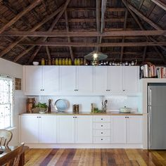 Kaboodle kit kitchens in bunnings i love this exact one for my look no further our inspriartion gallery showcases the latest diy kitchen renovation kitchen trends and designs to inspire you solutioingenieria Images