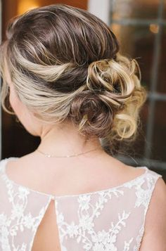 Wedding Hairstyle   :     Picture    Description  Featured Photographer: Mikaela Ruth Photography    - #Hairstyles https://weddinglande.com/hairstyles/wedding-hairstyle-featured-photographer-mikaela-ruth-photography/