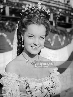 Romy Schneider In Sissi 1955 Get premium, high resolution news photos at Getty Images Princesa Sissi, Romy Schneider Sissi, Impératrice Sissi, Empress Sissi, Actrices Hollywood, French Actress, Elizabeth Taylor, Vintage Girls, Bride Hairstyles
