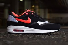 """Nike WMNS Air Max 1 """"Queen of Hearts"""""""