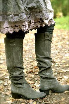 boots & knit leg warmers under lace skirts & petticoats