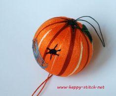 Halloween temari ball - I really love it :)