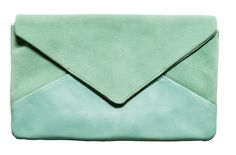 LOVIN' IT: MINTGROENE HandM TREND CLUTCH