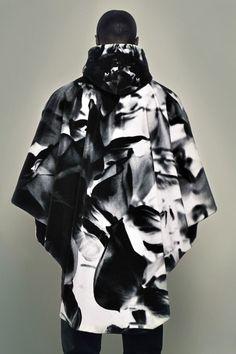Printed poncho - Lee Lapthorne