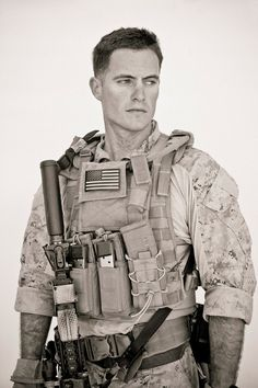 FKNG hot and handsome Military Special Forces, Military Police, Usmc, Military Guys, Marine Corps Humor, Us Marine Corps, Marine Recon, Special Operations Command, War Photography