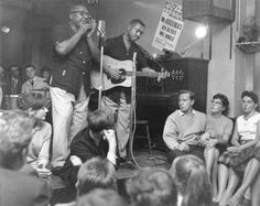 Sonny Terry Brownie McGhee.