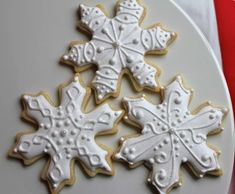 snowflake cookies | paddle attachment Snowflake Christmas Cookies, Christmas Cookie Cutters, Holiday Cookies, Christmas Treats, Merry Christmas, Christmas Time, Cupcake Cookies, Sugar Cookies, Christmas Biscuits