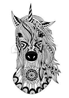 mandalas: zendoodle diseño del unicornio oído para el diseño de la camiseta, elemento de diseño, y la página de libro para colorear para adultos