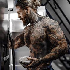 Boy Tattoos, Tattoos For Guys, Criminal Tattoo, Sexy Tattooed Men, Jon Snow, Sexy Men, Roman, Instagram, Vikings