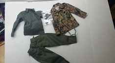"""DiD WWII GERMAN MEDIC /""""PETER/"""" with insignia CAMO JACKET /& GREEN TROUSERS"""