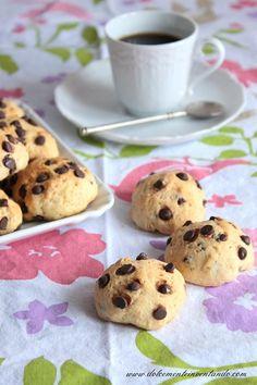 Biscotti vegani alle gocce di cioccolato - Cucina Mancina - Le ricette mancine