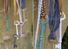 Llaves decoradas con esmaltes de uñas
