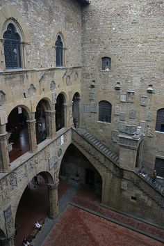 Bargello Palace, Florence, Italy.  In the early 14th century the Bargello was the seat of local government and it was from here that Dante was sent into exile.  #dante #florence #bargello