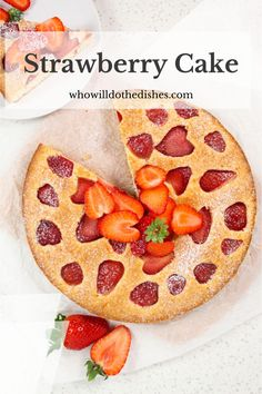 This strawberry cake is awesome in every way: simple ingredients, takes very little time to prepare and it is soo delicious and beautiful! #strawberry #cake #strawberrycake #breakfast #dessert