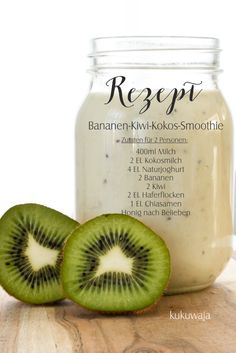 Hallo ihr Lieben, heute habe ich Euch einen weiteren den e… Hello dear ones, today I have another one for you which is common with us, brought along, delicious banana-kiwi-ko … Best Smoothie, Smoothie Detox, Smoothie Drinks, Smoothie Bowl, Detox Drinks, Healthy Smoothies, Strawberry Smoothie, Detox Recipes, Healthy Recipes