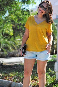 Mostaza para todo. Camisetas básicas. Pinkmomentsblog Tenerife. Bloggers Canarias.