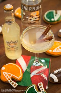 Love the smell of warm gingerbread cookie cocktails in the air? Us too. Get #GameDayReady with this festive drink at your holiday tailgate this weekend.  Recipe: Smirnoff Moscow Mule, Vanilla Vodka, Garnish with Gingerbread Football